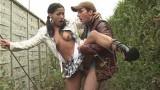 Vidéo sexe amateur : beurette baisée dans la rue