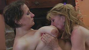 Film sexe Lesbienne avec deux femmes matures